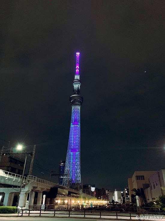 庆祝《新世纪福音战士》25周年 东京晴空塔改为初机号主题色调