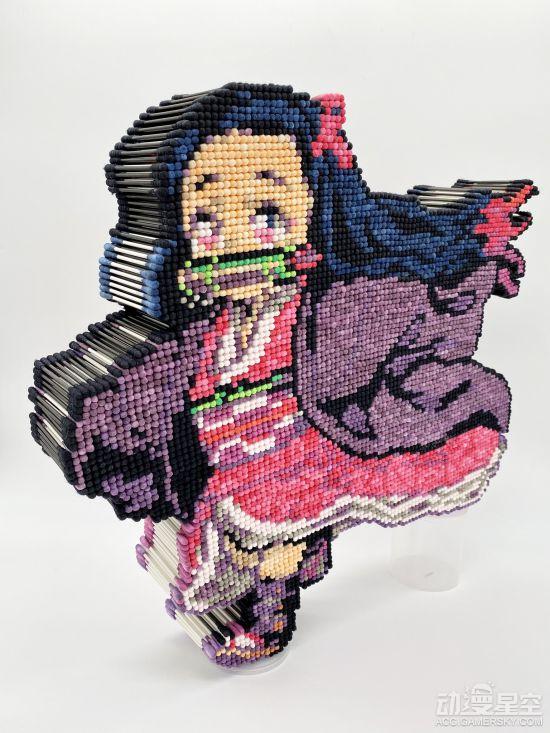 日本手工大佬制作祢豆子棉棒图画 马赛克风格超赞