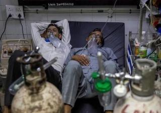 连续六天确诊过30万+,只是印度疫情的冰山一角