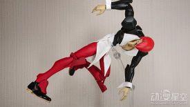 日本网友用初号机模型改造八神庵 造型神似超魔性