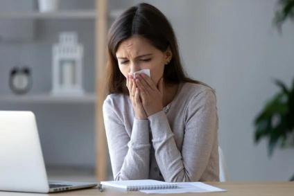 为什么我眼里常含泪水? 因为我在春天花粉过敏