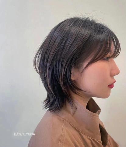 """层次感""""小尾巴""""个性短发"""